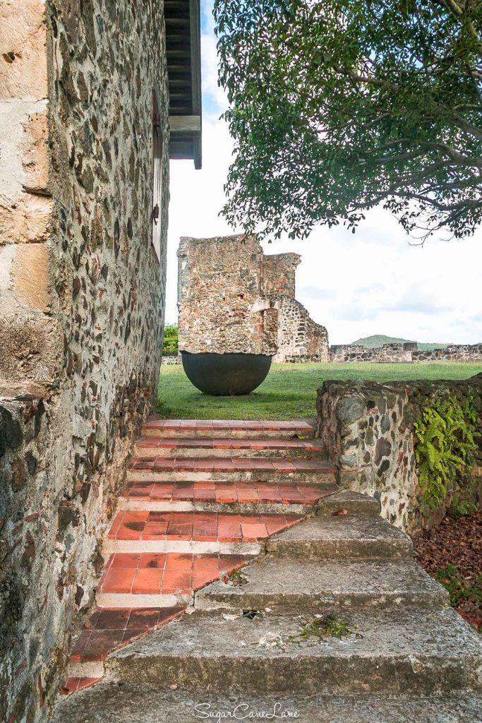 Château Dubuc : chaudière à sucre