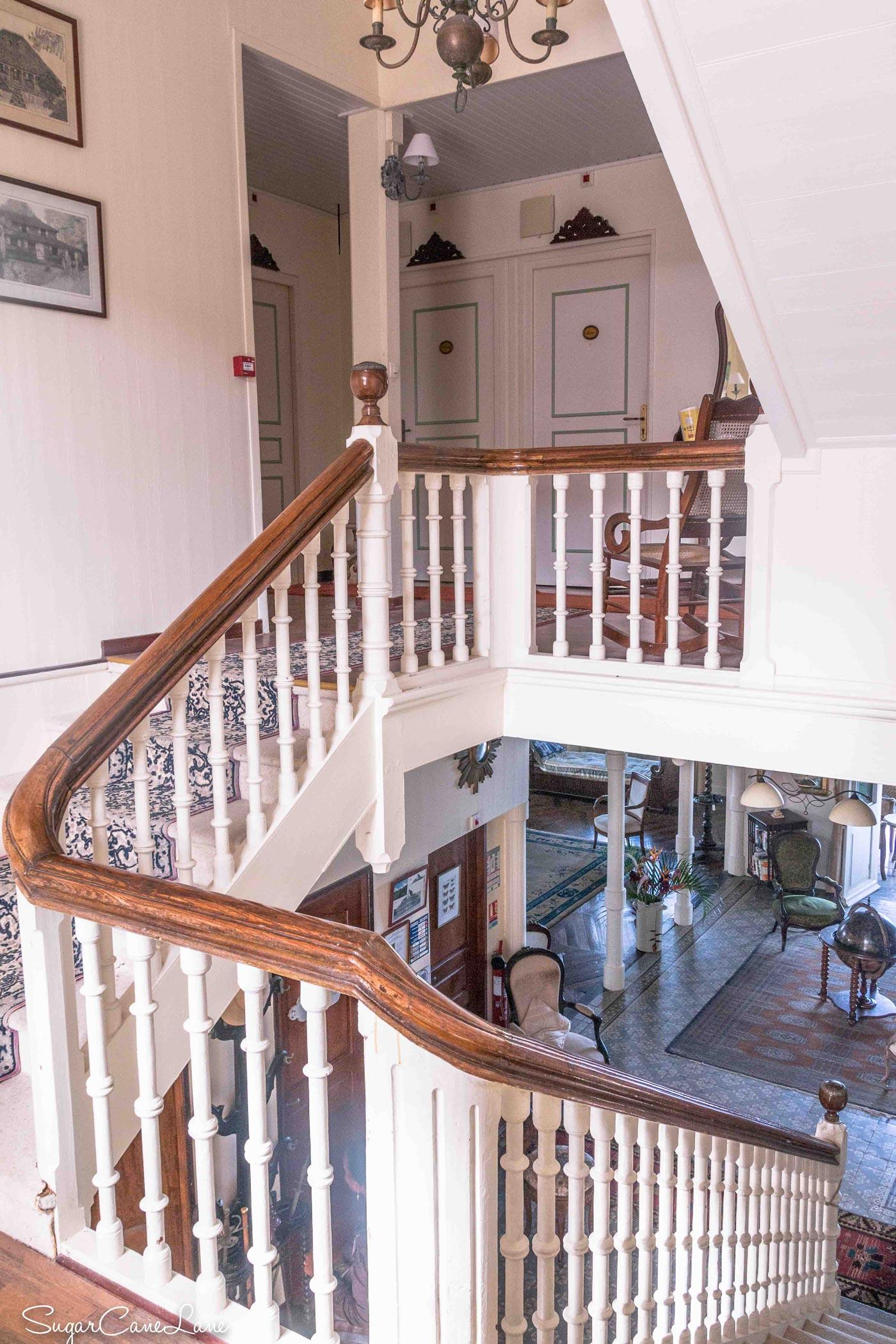 Domaine Saint-Aubin : escalier